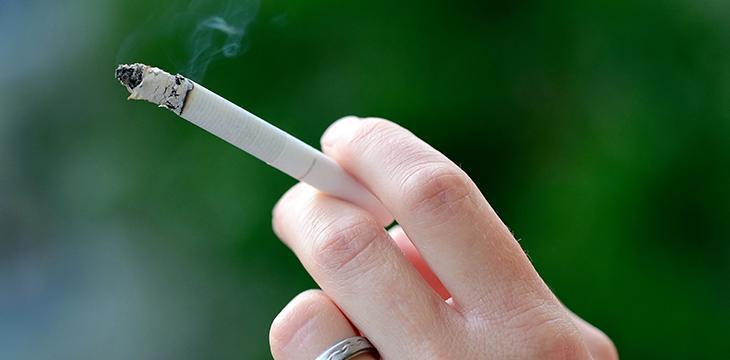fumo all'aperto