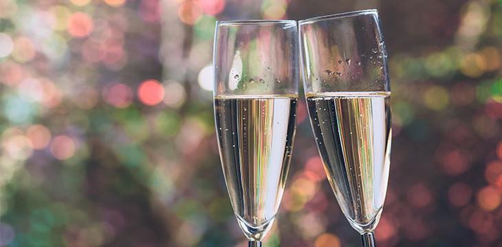 Posizione Bicchieri A Tavola.Come Si Dispongono I Bicchieri A Tavola Alcuni Pratici Consigli