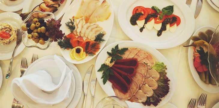 Galateo a tavola: tutto quello che devi sapere