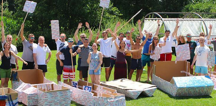 Team Building in Carton Boat