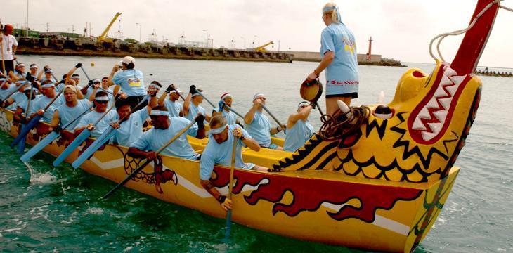 Dragon Boat: cos'è e come si pratica