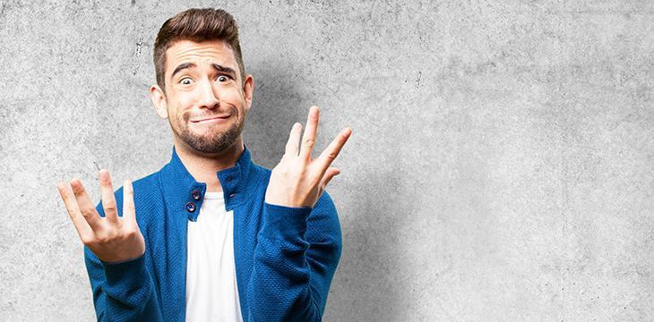 Tanti scherzi per addio al celibato: povero sposo!