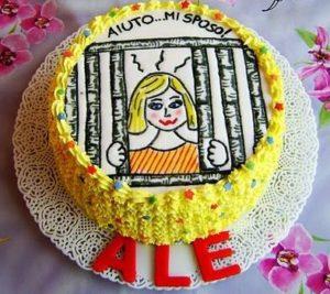 torta addio al nubilato prigione