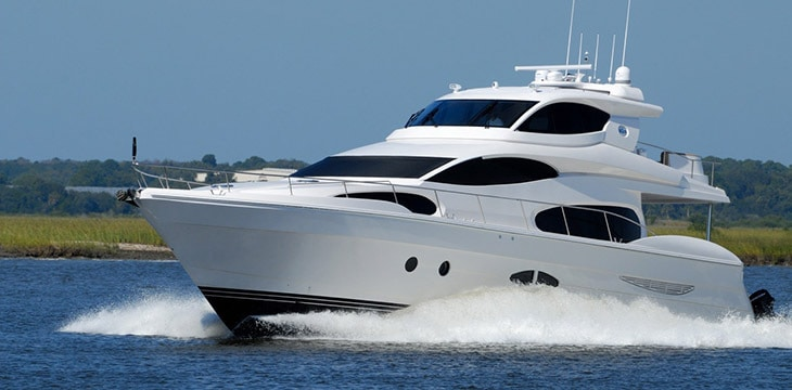 Noleggio yacht per feste di compleanno rendi for Noleggio tendoni per feste udine