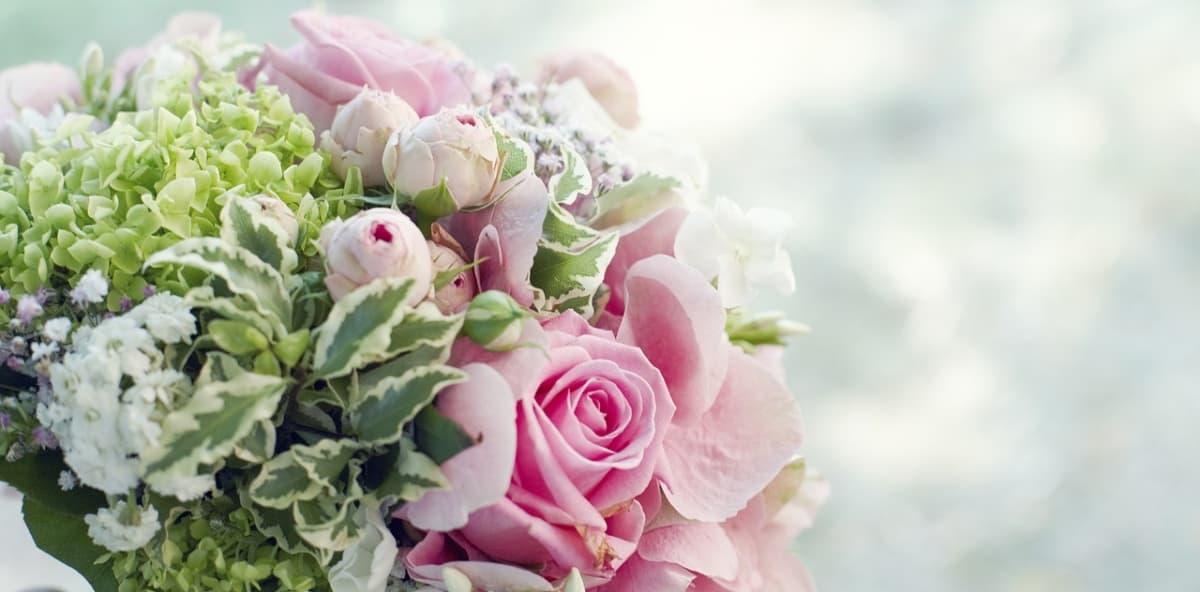 Mazzo Di Fiori 50 Anni.Fiori Per 25 Anni Di Matrimonio Come Scegliere Quelli Giusti