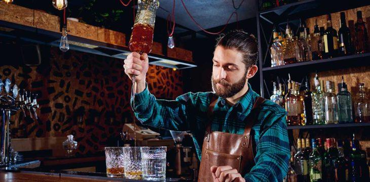 Bartending: impara a creare cocktail in compagnia