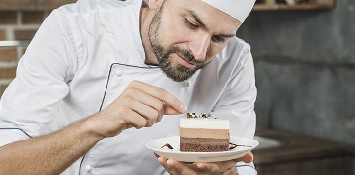 Decorazioni per torte: con panna, al cioccolato e in pdz!