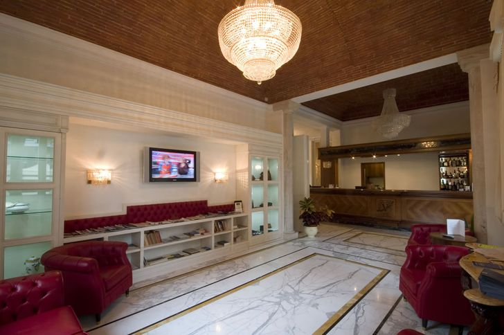 Hotel Embassy foto 1