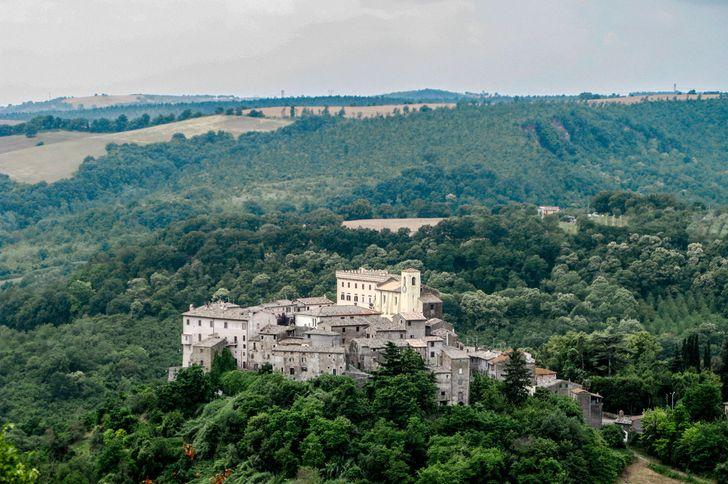 Castello Costaguti foto 1