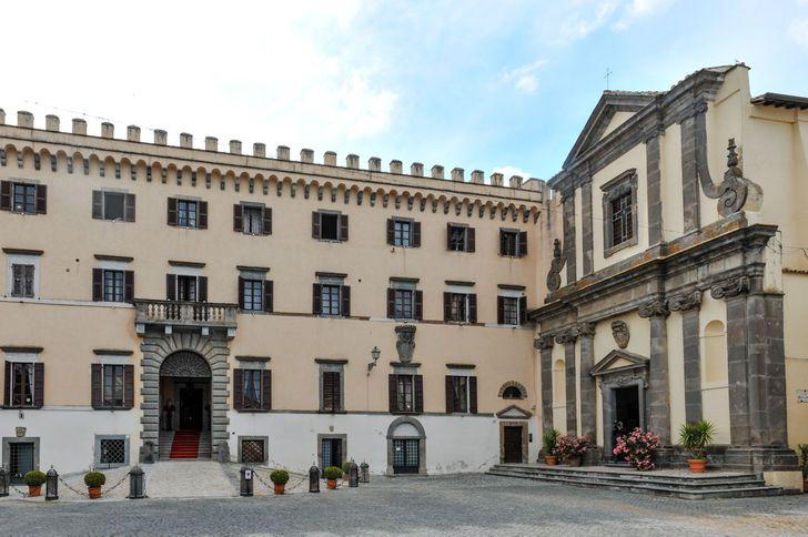 Castello Costaguti foto 3