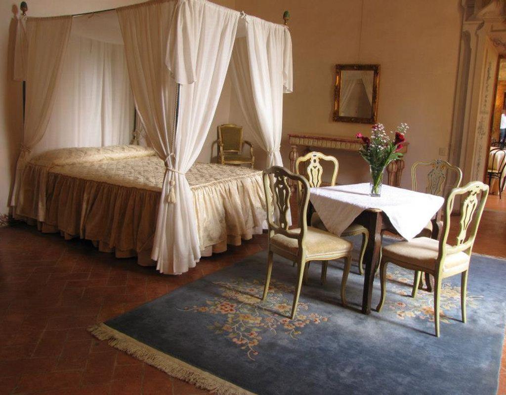 Sale meeting castello di meleto gaiole in chianti for Sale arredate