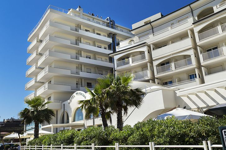 Yes Hotel Touring Rimini foto 2