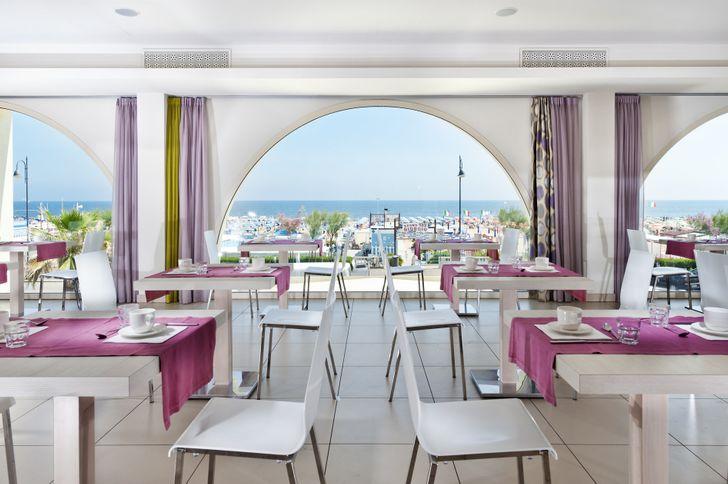 Yes Hotel Touring Rimini foto 7