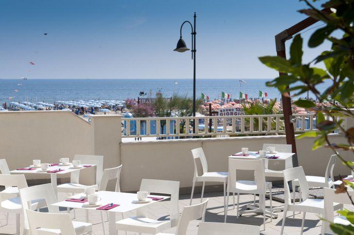 Yes Hotel Touring Rimini foto 9