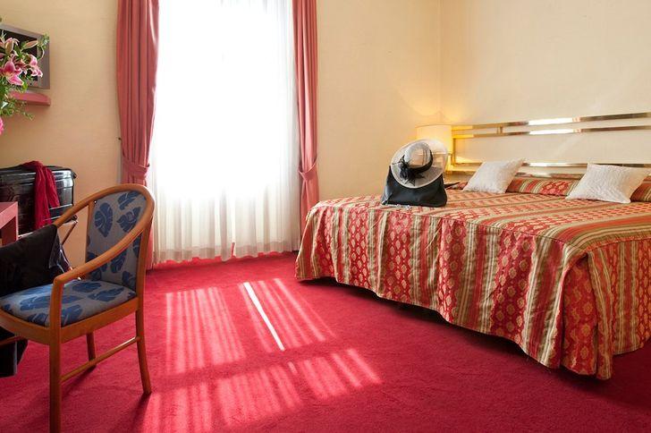 Hotel Mondial foto 5