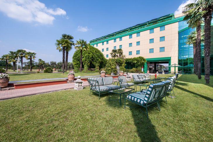Royal Garden Hotel foto 1