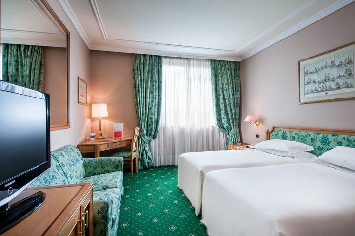 Royal Garden Hotel foto 10