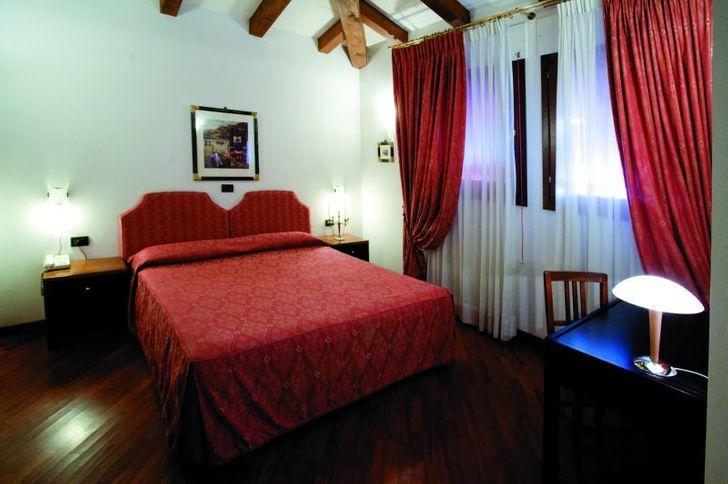 Hotel Alla Rocca foto 6