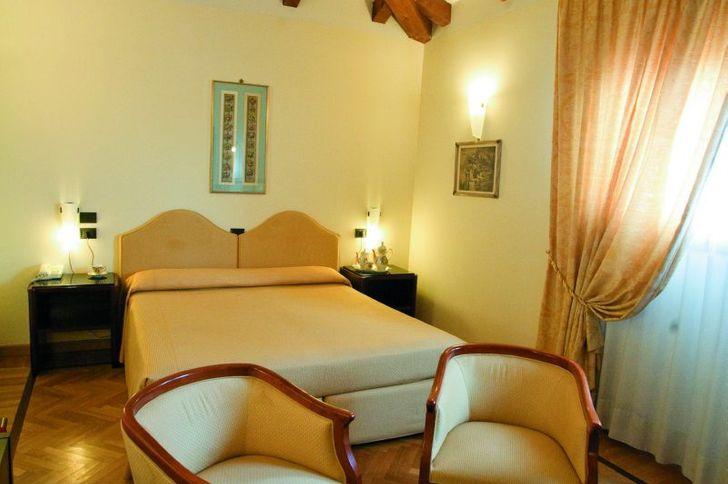 Hotel Alla Rocca foto 7