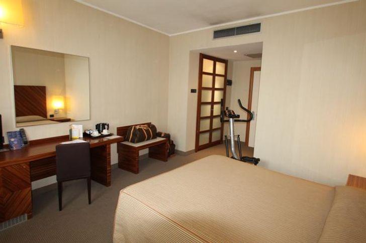 MH Hotel Piacenza Fiera foto 15