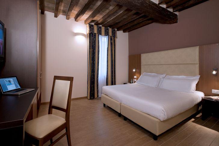 CDH Hotel Villa Ducale foto 10