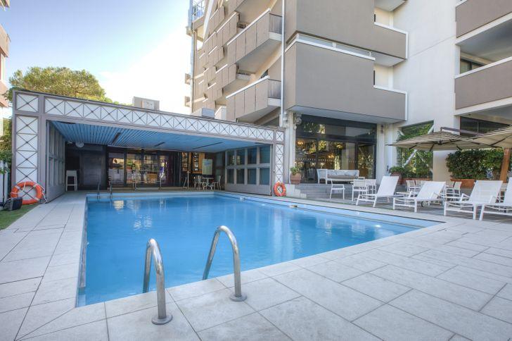Hotel Imperiale Rimini photo 1