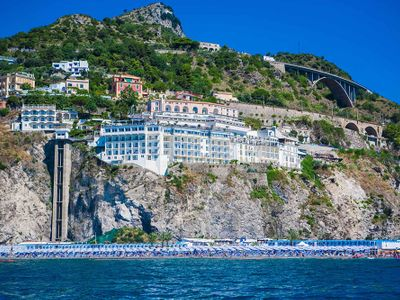 sale meeting e location eventi Salerno - Lloyd's Baia Hotel