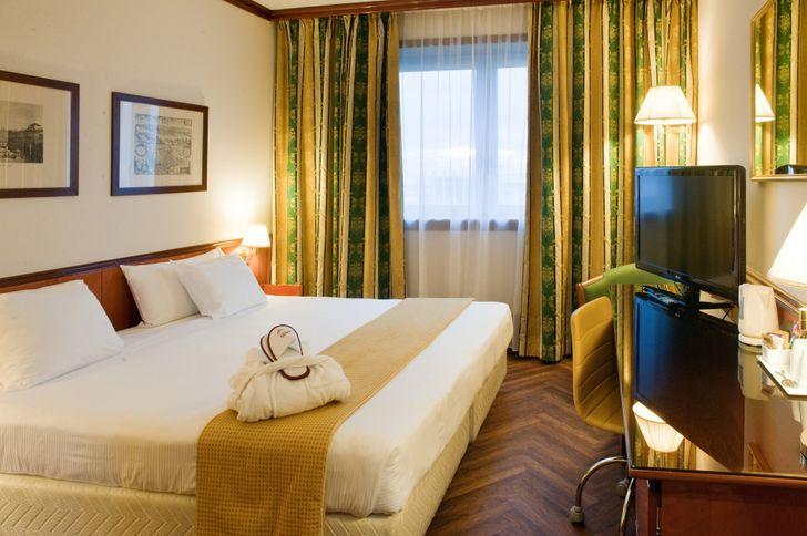 SHG Hotel Catullo foto 13