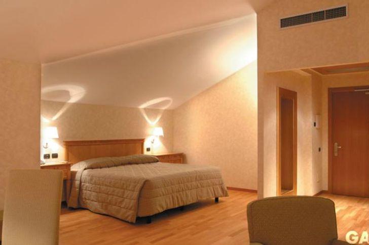 Monica Hotel Fiera foto 15