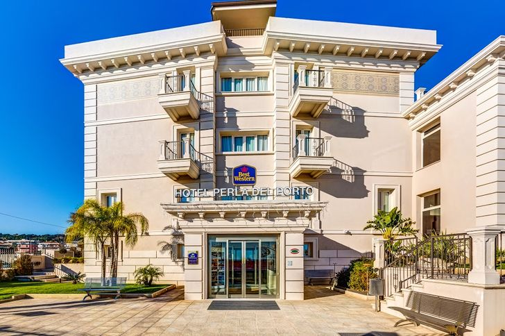 Best Western Plus Hotel Perla Del Porto foto 2