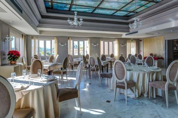 Best Western Plus Hotel Perla Del Porto foto 8