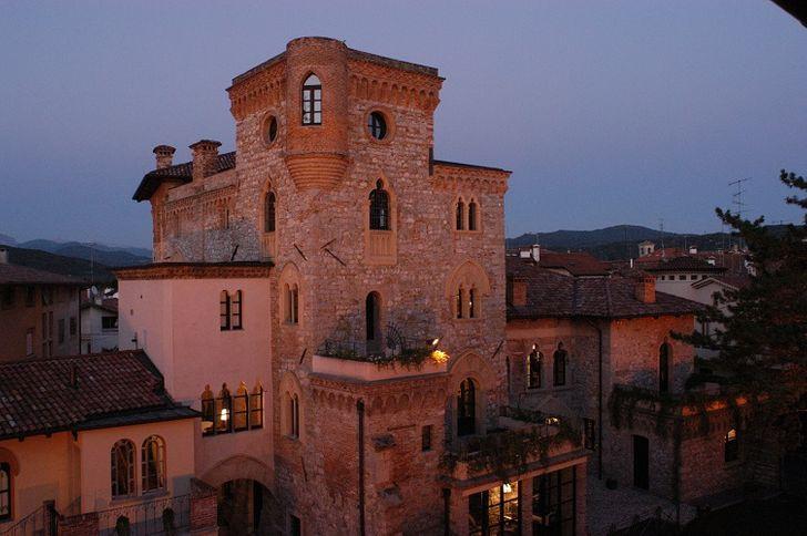 Castello Canussio foto 1