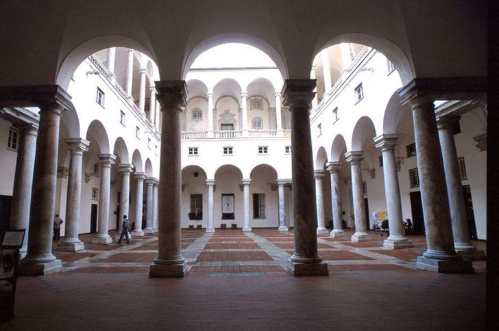Palazzo Ducale Genova foto 2
