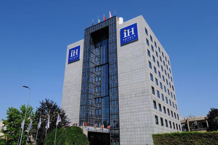 IH Hotels Milano Lorenteggio foto 1