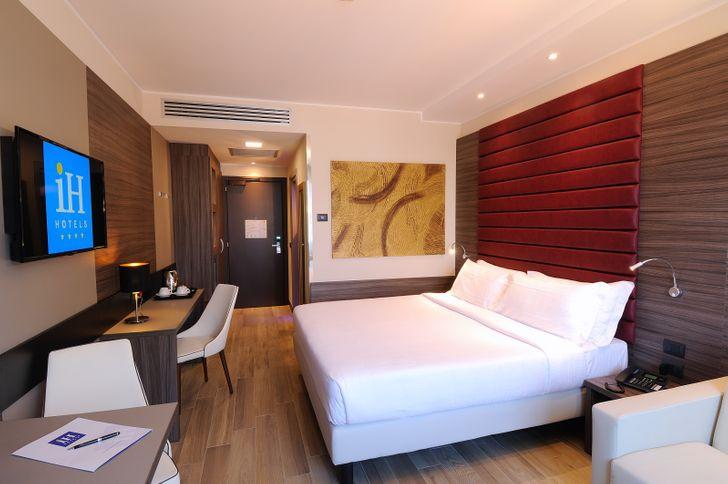 IH Hotels Milano Lorenteggio foto 14