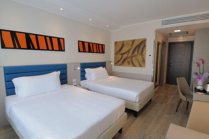 IH Hotels Milano Lorenteggio foto 11