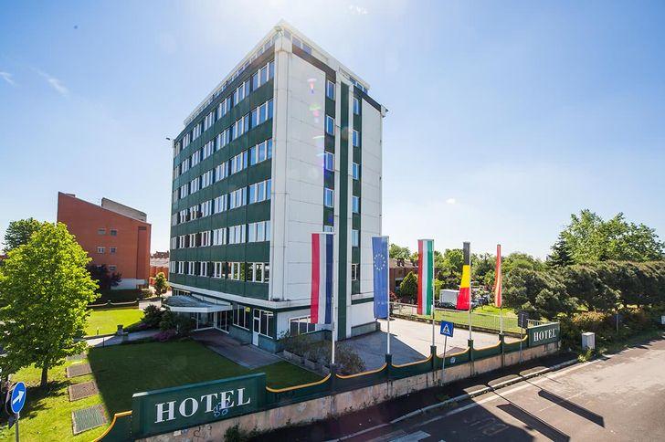 Hotel Alga photo 1