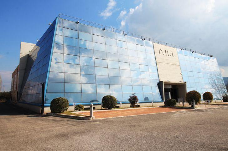 Centro Direzionale La Piramide foto 1