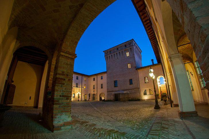 Hotel Ristorante La Tavola Rotonda foto 8