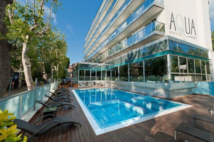 Aqua Hotel photo 1
