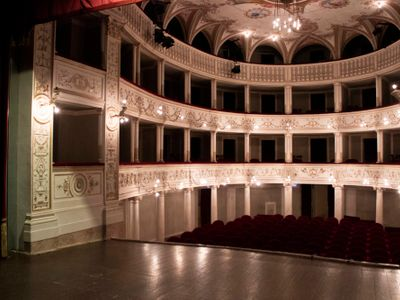 sale meeting e location eventi Sinalunga - Teatro Ciro Pinsuti