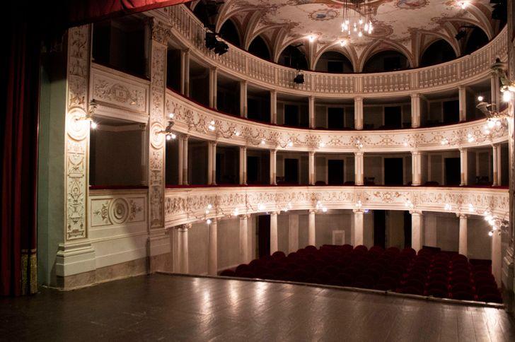 Teatro Ciro Pinsuti foto 1