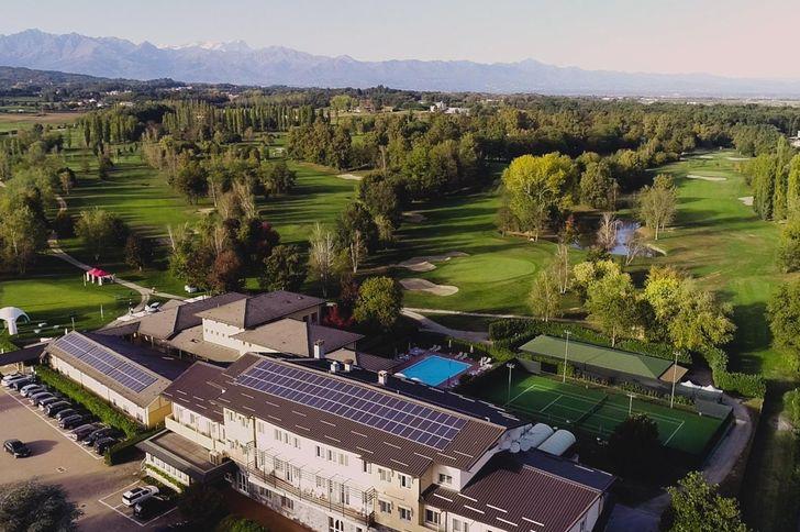 Unahotels Golf Hotel Cavaglià foto 1
