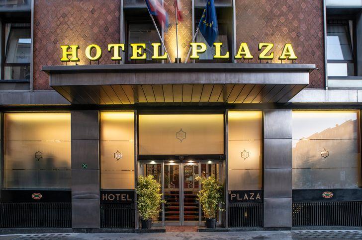 Hotel Plaza foto 1