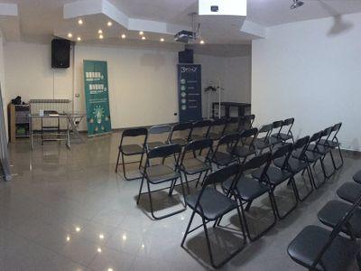 sale meeting e location eventi Grugliasco - Coworking C.M.C. Servizi