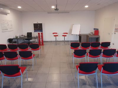 sale meeting e location eventi Naples - 4 Man Consulting Business School