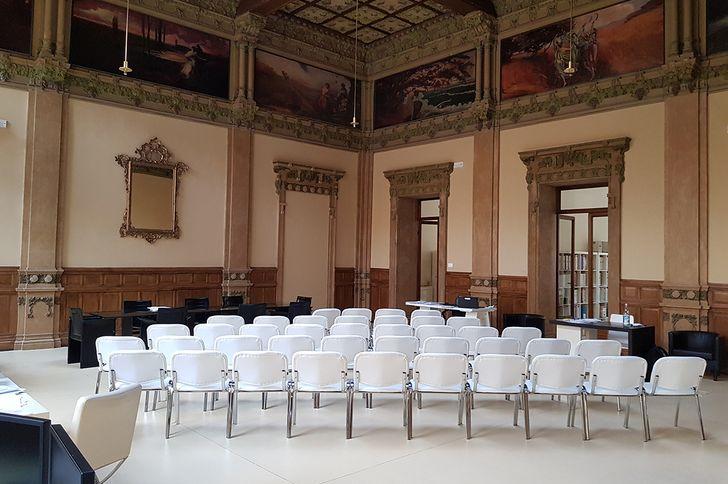 Salone Tirelli - Becquerel Electric foto 1