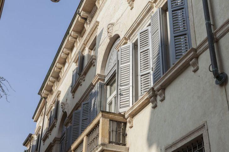 Palazzo Camozzini Business Center photo 1