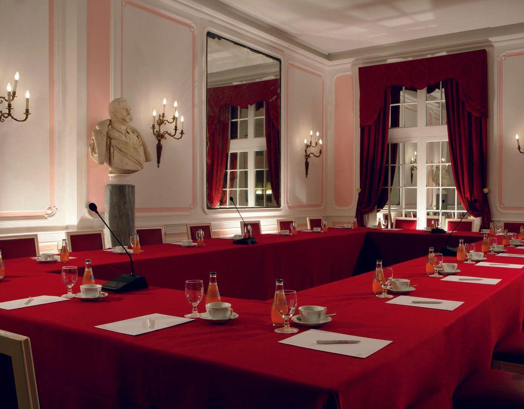 Sala Cucina 25 Mq venue for event bettoja hotel massimo d'azeglio rome