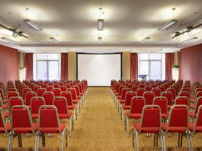 sale meeting e location eventi Pero - UNAHOTELS Expo Fiera Milano